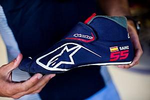 F1 Noticias de última hora Sainz estrena nuevas botas, 80 gramos de tecnología e innovación