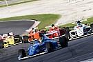 Formule 4 Bizar! Geen enkele auto finisht tijdens F4-race op Sepang