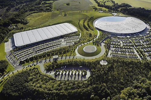 Coronacrisis werpt nieuwbouwplannen McLaren jaar terug