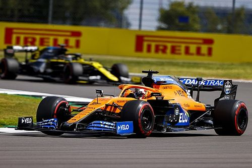 "McLaren: No early driver swap while rivals face ""disruption"""