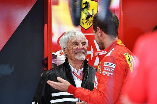 """Ecclestone: """"Hamilton in Ferrari? Non parla italiano, non farebbe bene come in Mercedes"""""""
