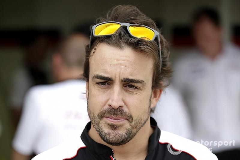Алонсо вернется за руль IndyCar в апреле