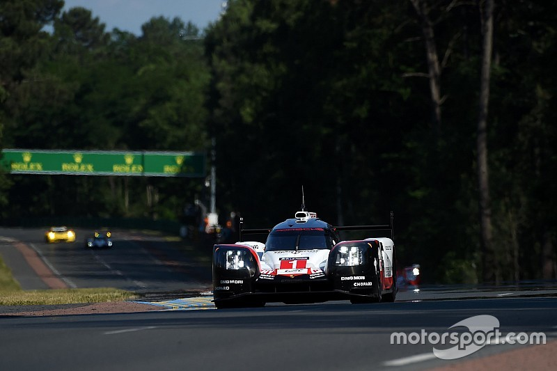 Le Mans 24h: Porsche leads Toyota in practice