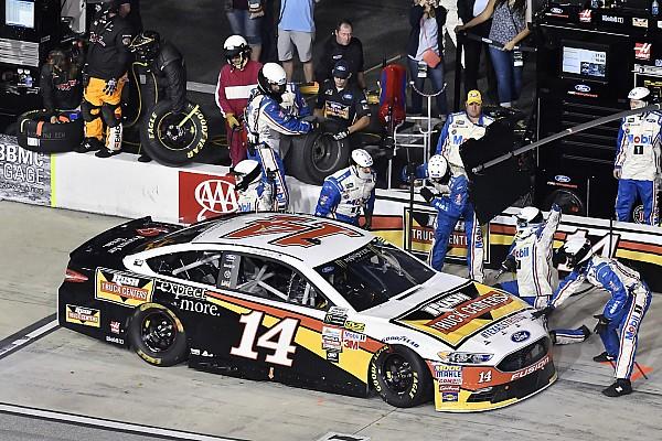 NASCAR Cup VIDEO: Ambulancia bloquea los pits a pilotos de NASCAR