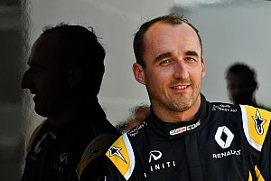 Officiel - Kubica et Sirotkin avec Williams lors des tests Pirelli