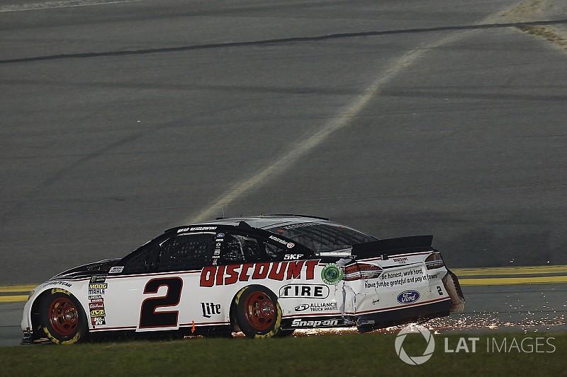 Uno de cada cinco en Daytona arrancará con su coche de respaldo