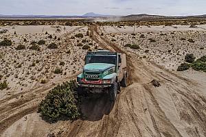 Dakar Tappa Dakar, Camion, Tappa 10: Van Genugten vince, Villagra dimezza il distacco!