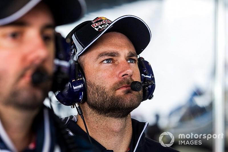 Van Gisbergen joins McLaren for new GT3 debut