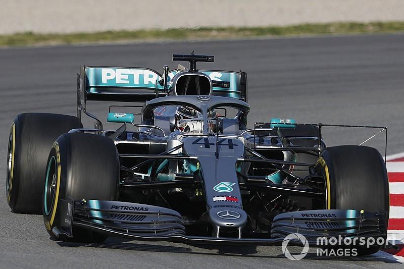 Hamilton weinig positief over Pirelli-banden: