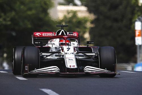 Räikkönen egyetért Hamiltonnal: szórjuk a pénzt a semmire