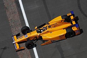 IndyCar Отчет о квалификации Алонсо прошел в финал квалификации Indy 500, Бурдэ попал в аварию