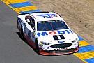 NASCAR Cup Харвик победил на дорожной трассе в Сономе