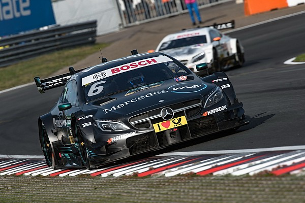 Wickens festejó en el domingo del DTM en Nurburgring
