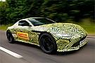 VÍDEO: Verstappen testa novo Aston Martin Vantage