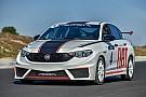 PİST Fiat Egea yarış aracı piste çıktı