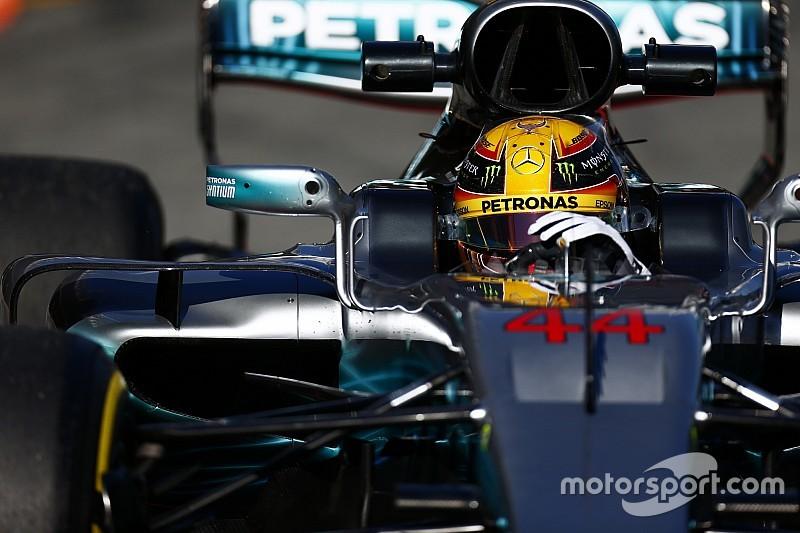 Хилл посоветовал Mercedes быть осторожнее с Хэмилтоном