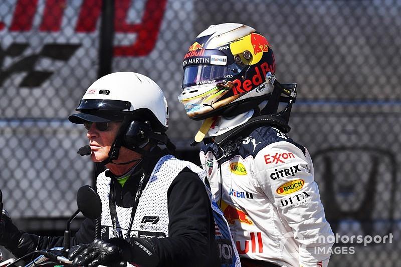 """Horner: Ricciardo """"deu um soco na parede"""" após abandono"""