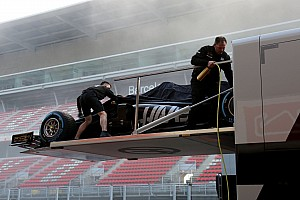 VIDEO: Haas es el primer equipo en rodar en Barcelona