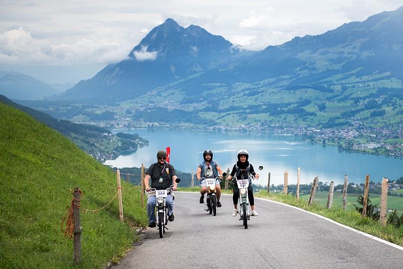 A 30 km/h au travers d'un décor idyllique en Suisse centrale
