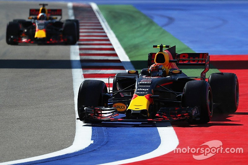 "Mark Webber advierte: ""no enterremos a Red Bull"""