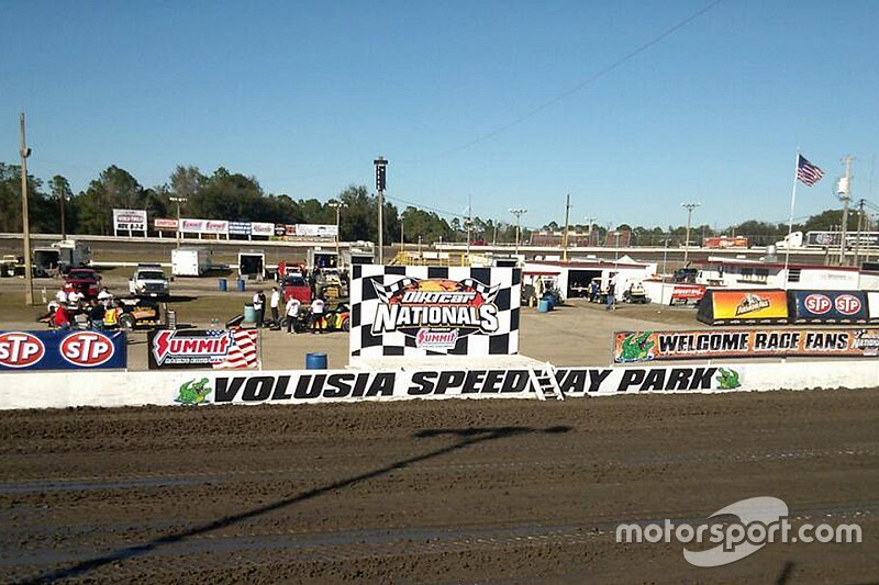 Sprint Car Crash At Volusia Speedway