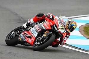 """WSBK Intervista Ducati, Davies: """"Mi cadevano tutti davanti, che faticaccia il podio"""""""