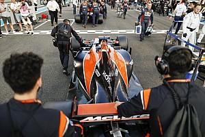 Формула 1 Важливі новини Алонсо: Я ще не бачив нової машини McLaren