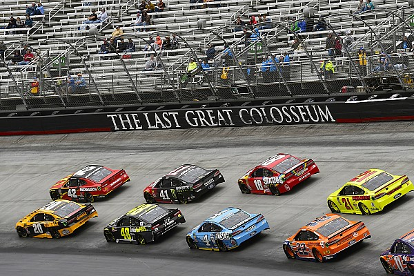 NASCAR Cup Kyle Larson ends up second (again) to Kyle Busch at Bristol