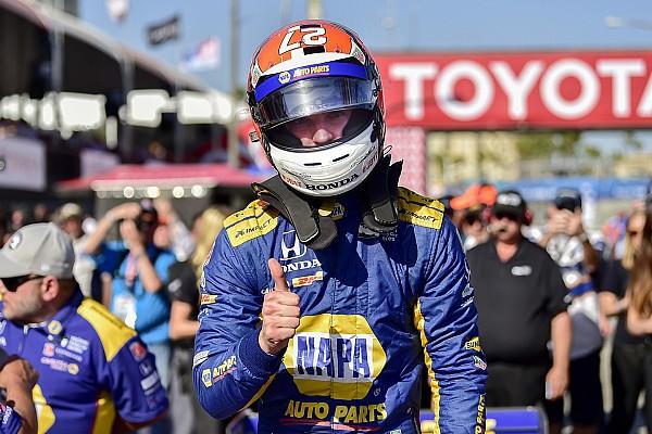 IndyCar Отчет о квалификации Росси переиграл гонщиков Penske и взял поул в Лонг-Бич
