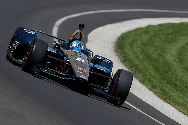 "Wickens: Using Hinchcliffe's car for Indy rookie test was ""tricky"""