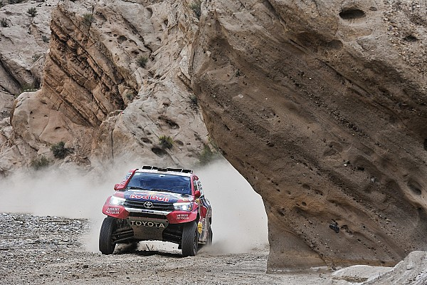 Dakar Etappeverslag Dakar 2018: Al-Attiyah wint, Sainz overleeft bijltjesdag bij de auto's