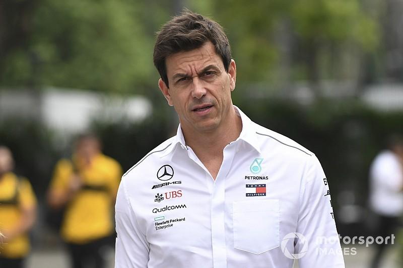 Mercedes: A 25 verseny helyett inkább 15 verseny kellene