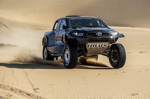 Toyota Hilux для «Дакара» лишилась двух цилиндров