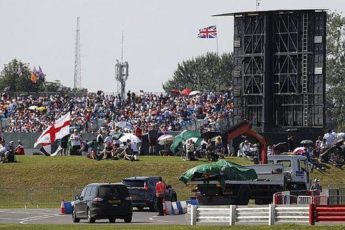 ¡La FIA revisará la sanción a Hamilton tras el toque con Verstappen!