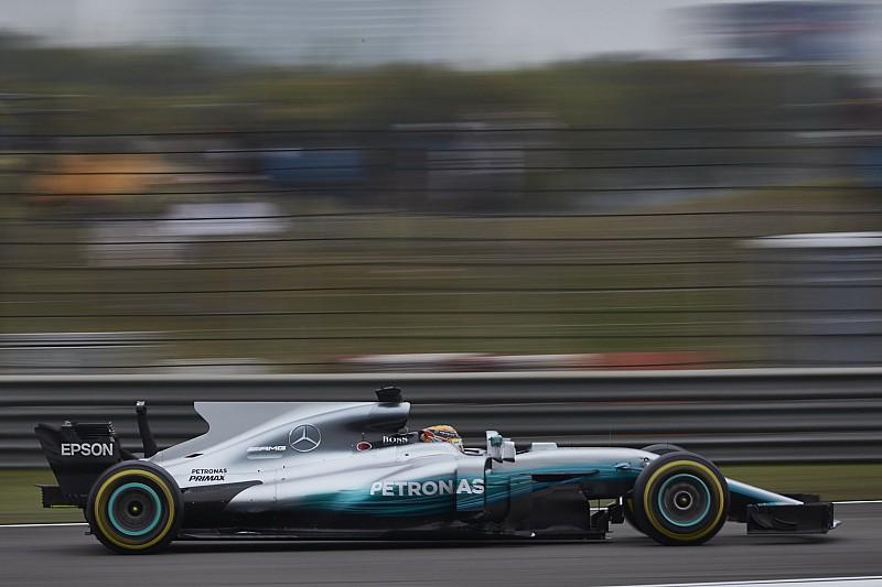 هاميلتون متحمّسٌ لمعرفة تأثير سيارة مرسيدس الأطول خلال السباقات المُقبلة