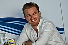 Rosberg discorda de abordagem da Pirelli para temporada 2018