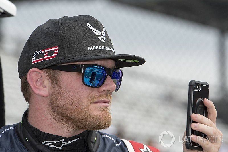 Daly to replace Chaves for Toronto IndyCar race