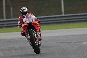 MotoGP Test Test Sepang, Giorno 3, Ore 15: Lorenzo cade, ma piazza un giro record!