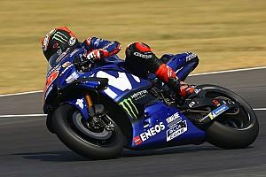 Viñales ontdekt probleem aan 2018-Yamaha, Rossi is somberder