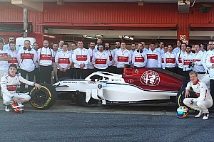 Video: l'Alfa Romeo Sauber C37 è già in pista a Barcellona!