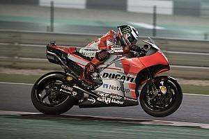 """Lorenzo: """"Me tiré de la moto para no estrellarme contra el muro"""""""