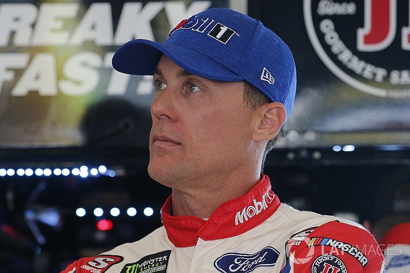 Kevin Harvick tops Erik Jones in Saturday's first practice at Pocono