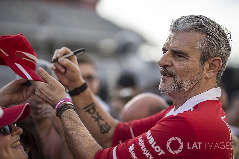 """Chefe da Ferrari: punição a Verstappen """"não é surpresa"""""""