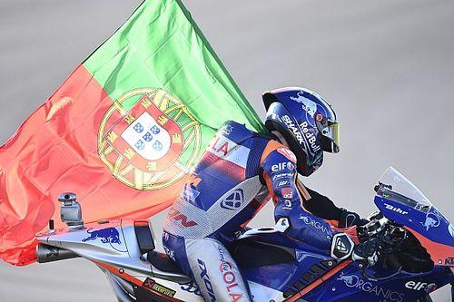 """أوليفيرا تعيّن عليه """"إدراة مشاعره"""" في طريق فوزه بسباق البرتغال في الموتو جي بي"""