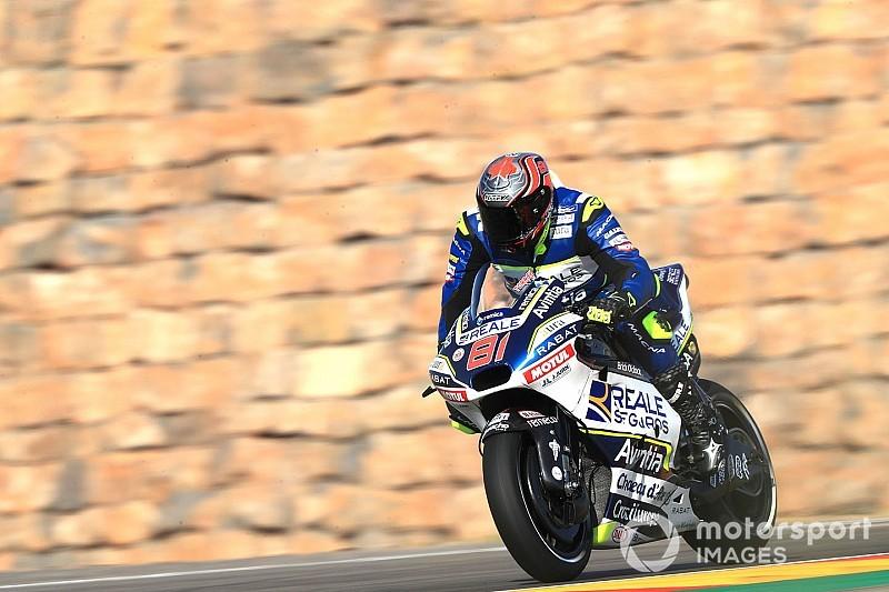 Torres debuta en MotoGP a 3.7 segundos del más rápido
