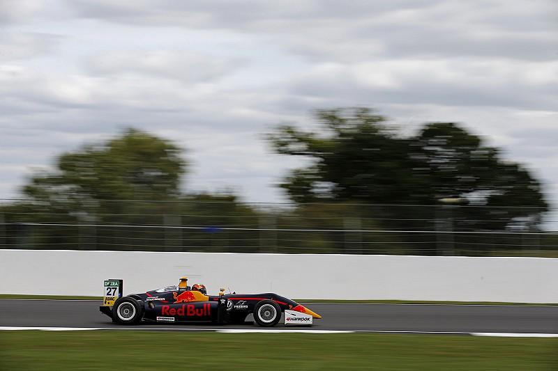 Silverstone F3: Ticktum overtakes Fenestraz to win Race 1