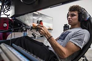 Norris: corridas de simulador podem me deixar melhor na F1