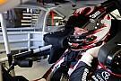 NASCAR Cup Erik Jones lidera la última práctica en Indy y Suárez en 12º