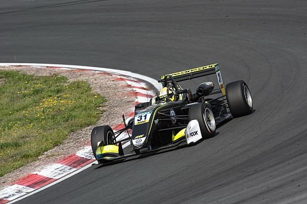 فورمولا 3 الأوروبية تقرير السباق فورمولا 3: نوريس يُعزّز صدارته بعد فوزه بالسباق الأوّل الماطر في نوربورغرينغ