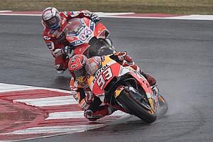 MotoGP Prove libere Motegi, Libere 1: Marquez vola sotto alla pioggia, Dovizioso quinto